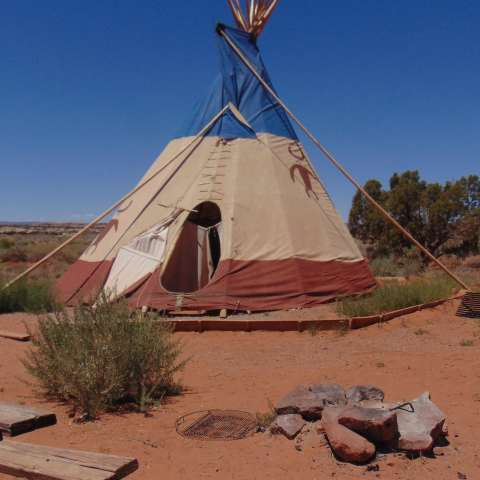 Open View Tipi