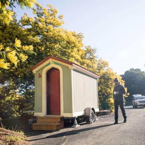 Cozy Gypsy Wagon Tinyhouse Camp