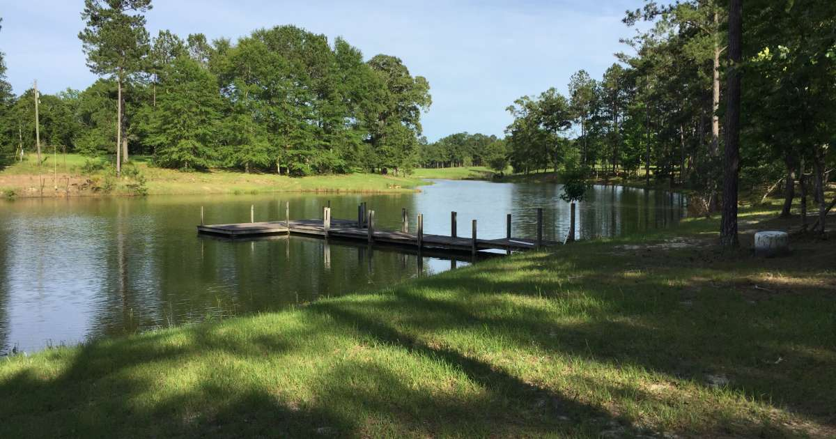 The 20 best campgrounds in mississippi for Two story farmhouse oak park
