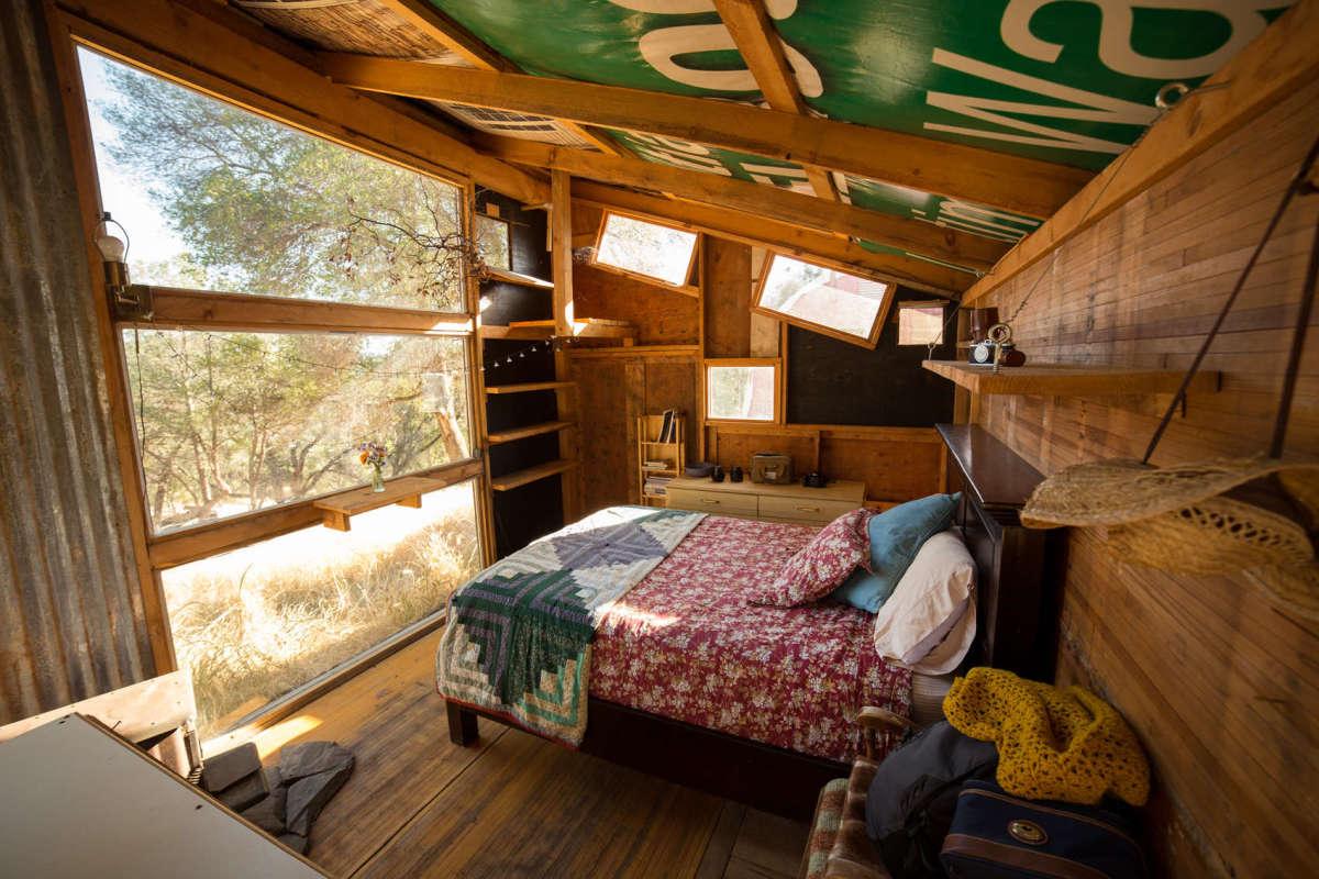 No Tent? No Problem: Cabin Porn Edition