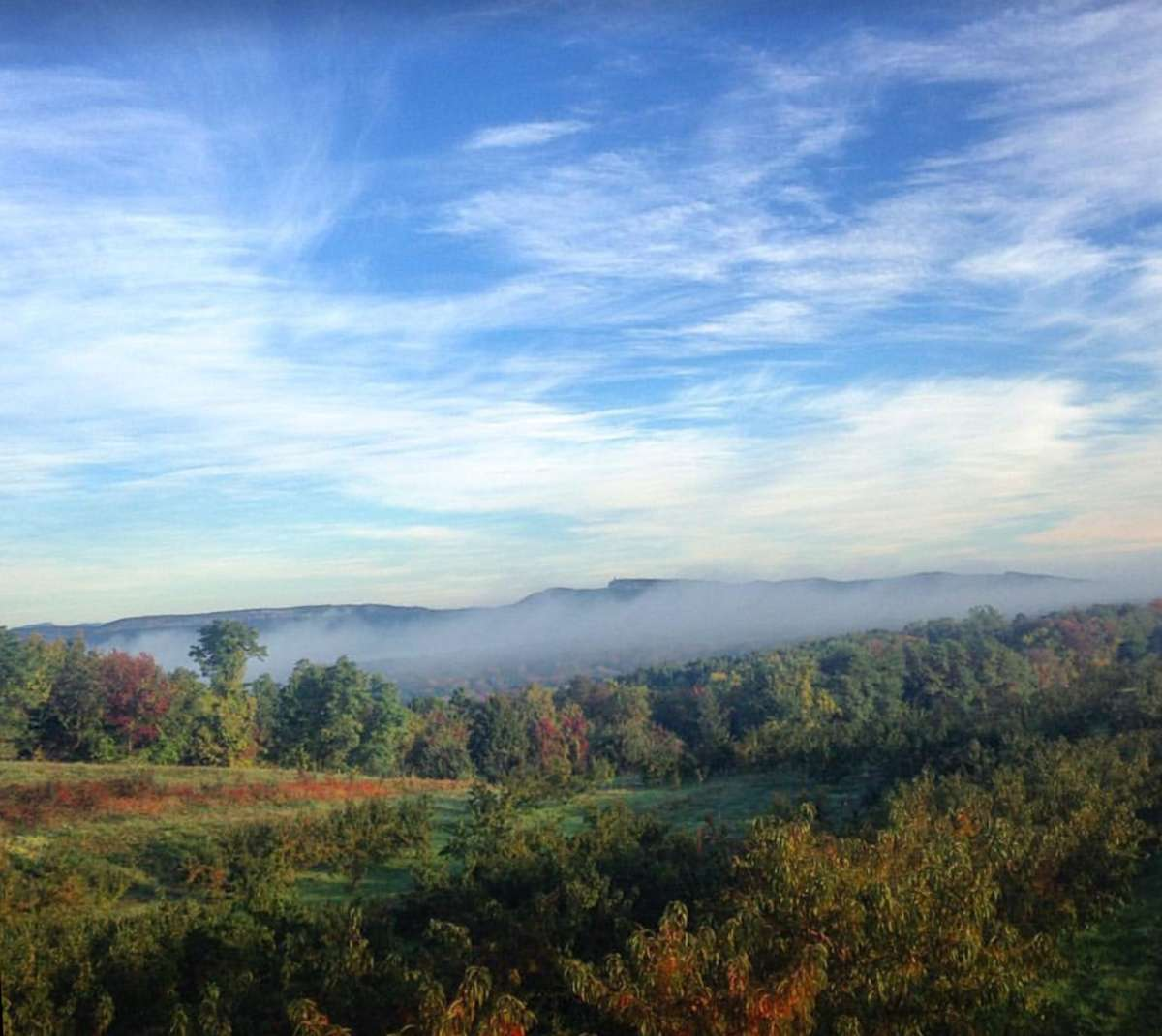 Best places to camp to see fall foliage it 39 s prime for Best mountain towns to raise a family