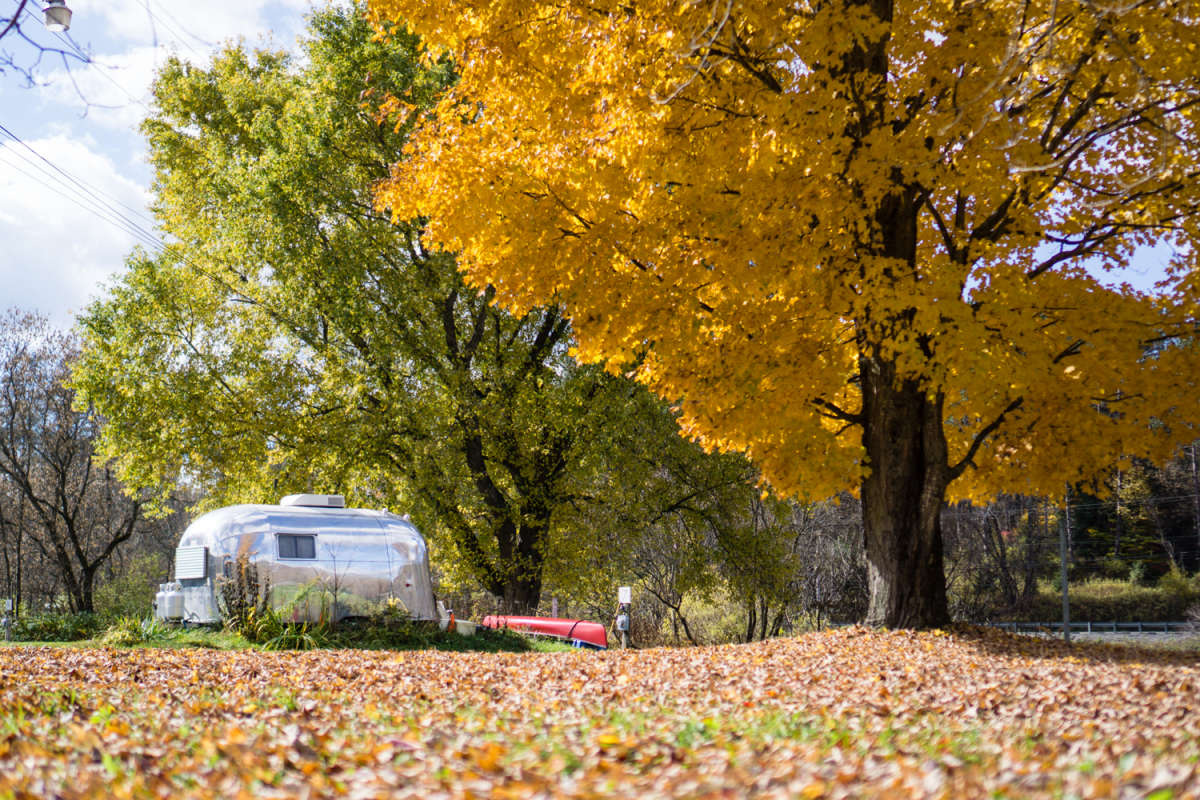 Hipcamp Launches 2018 Fall Foliage Map & Filter