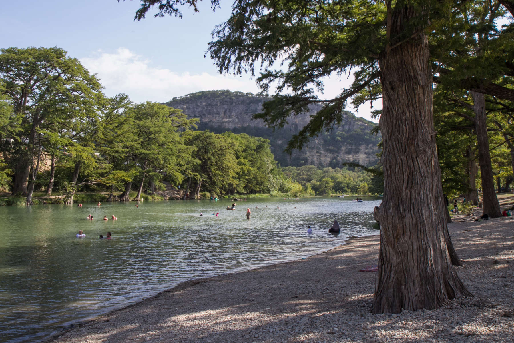 casa river from in the vacation lodging hideaway rio banner with frio cabins rentals concan minutes