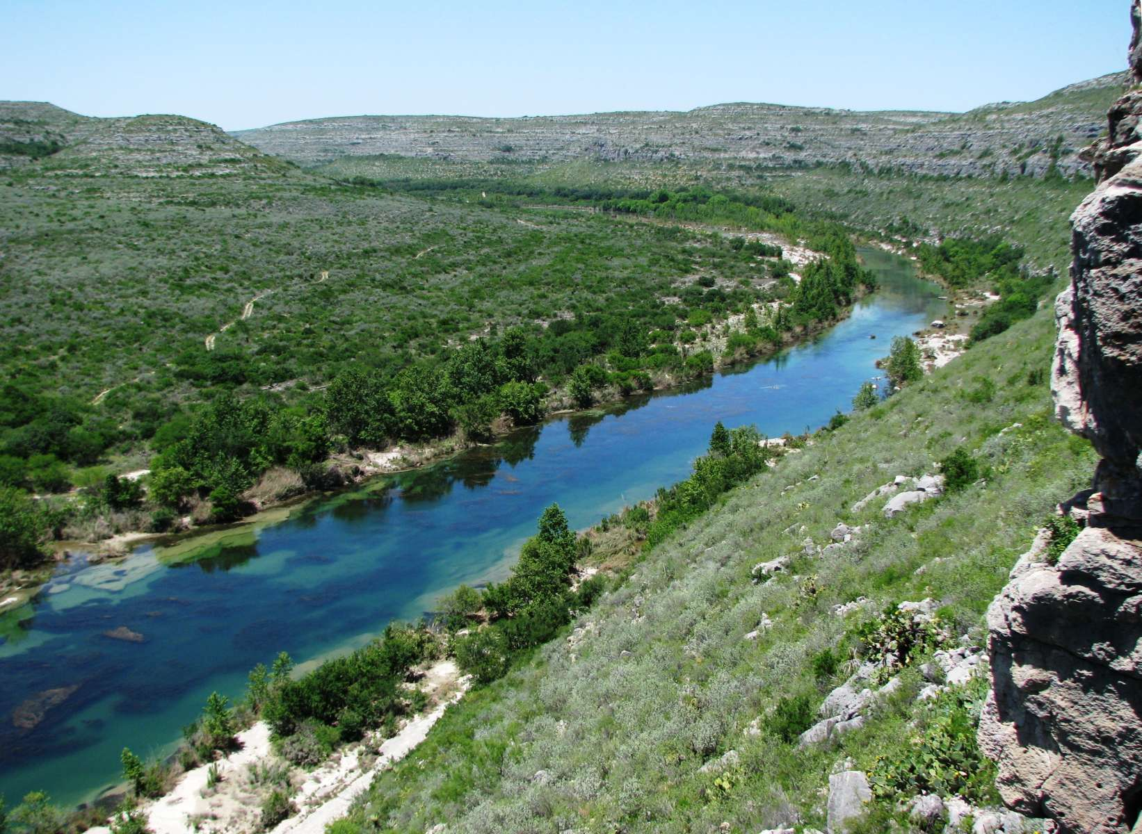 Best camping in and near devils river state natural area for Devils lake oregon fishing