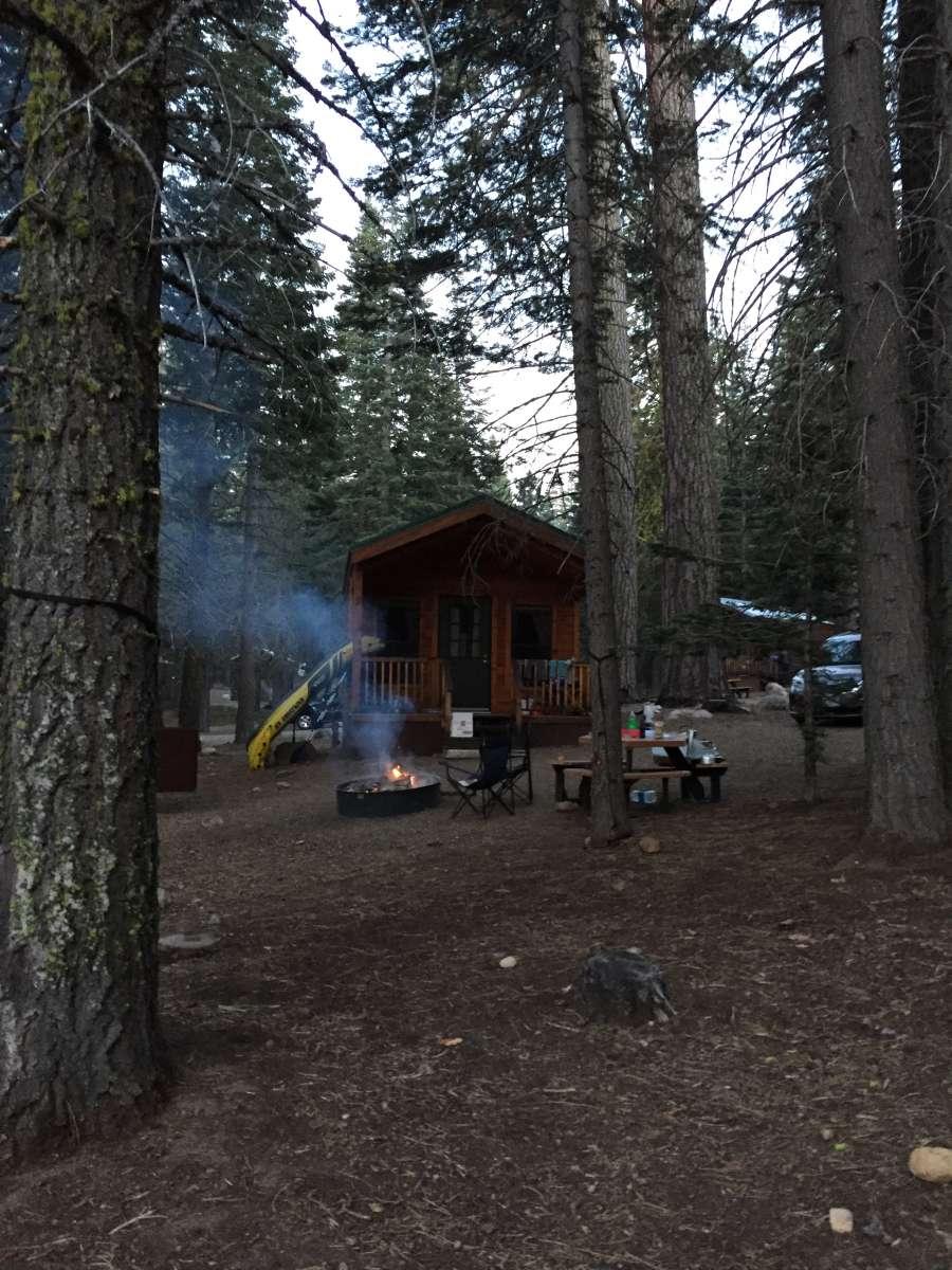 Manzanita lake cabins lassen volcanic ca 5 photos for Lassen volcanic national park cabins