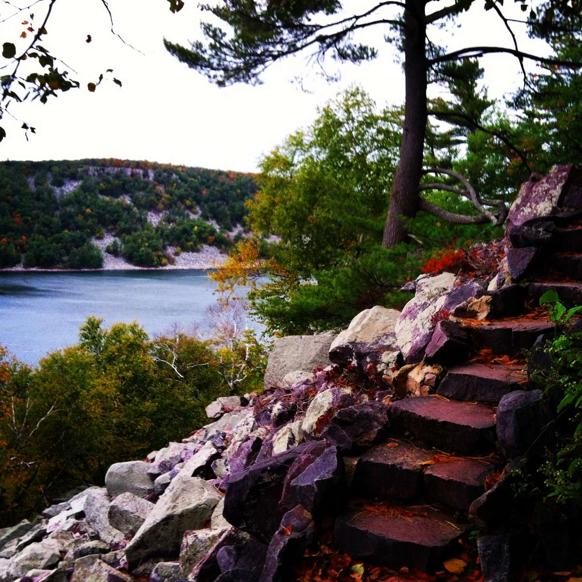 Best camping in and near devils lake state park for Devils lake state park cabins
