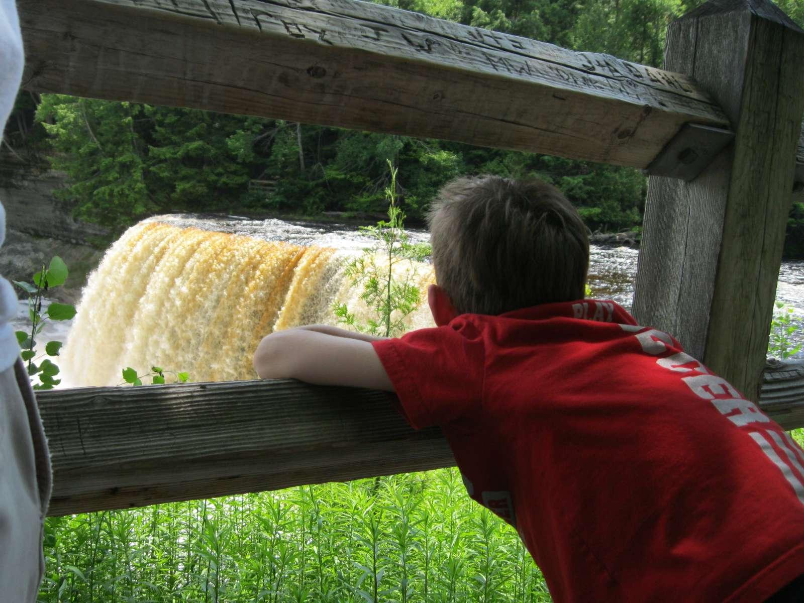 Tahquamenon Falls State Park Camping