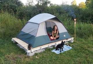 Solid tent platforms