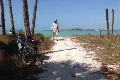 The secluded beaches on the north side of the island can be reached by bike.