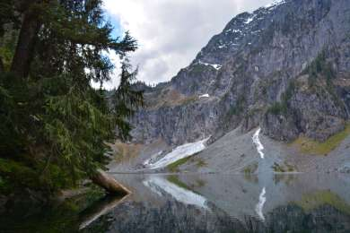If you're up for another adventure, head up to nearby Lake Serene and the Bridal Veil Falls! At just shy of 8 miles roundtrip and 2,000 feet of gain, you won't regret it!