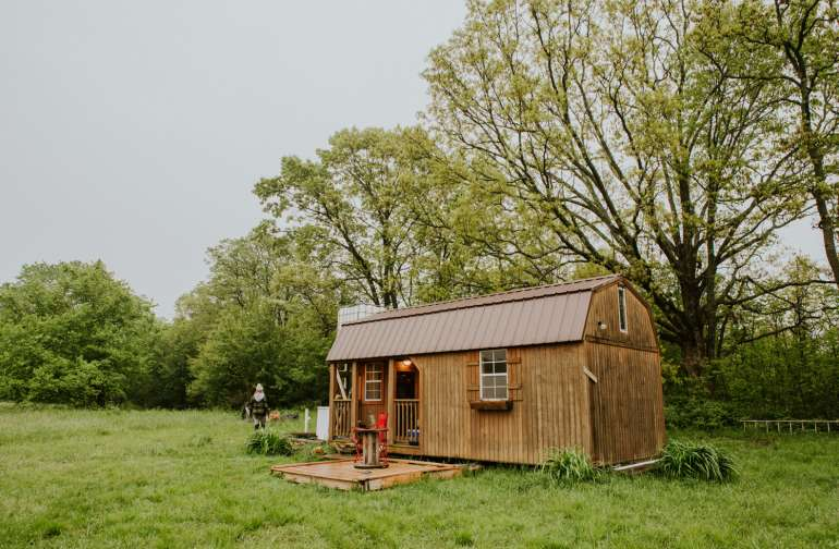 The little cabin shelter we slept in