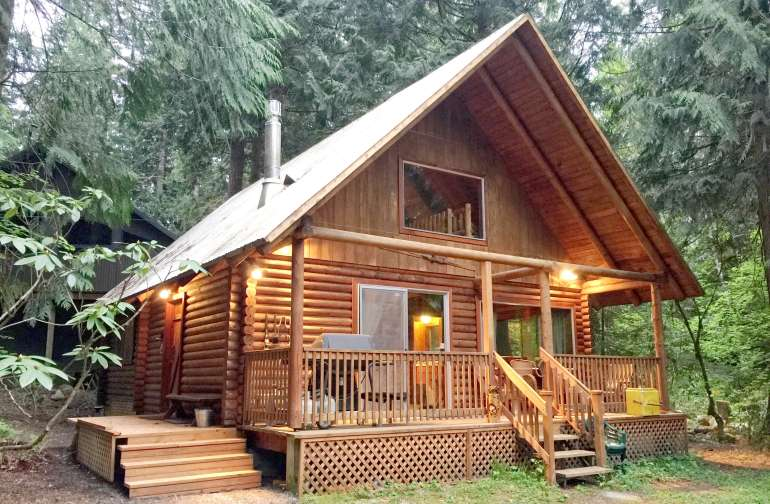 Mt. Baker Lodging – Cabin #17