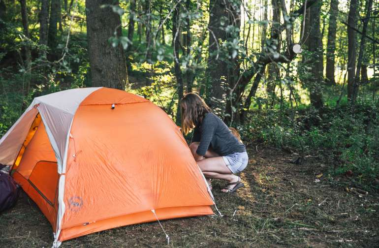 Setting up camp in the soft earth