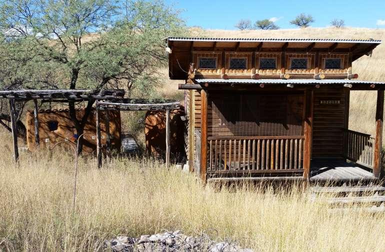 Hunters Cabin, Bare Bones