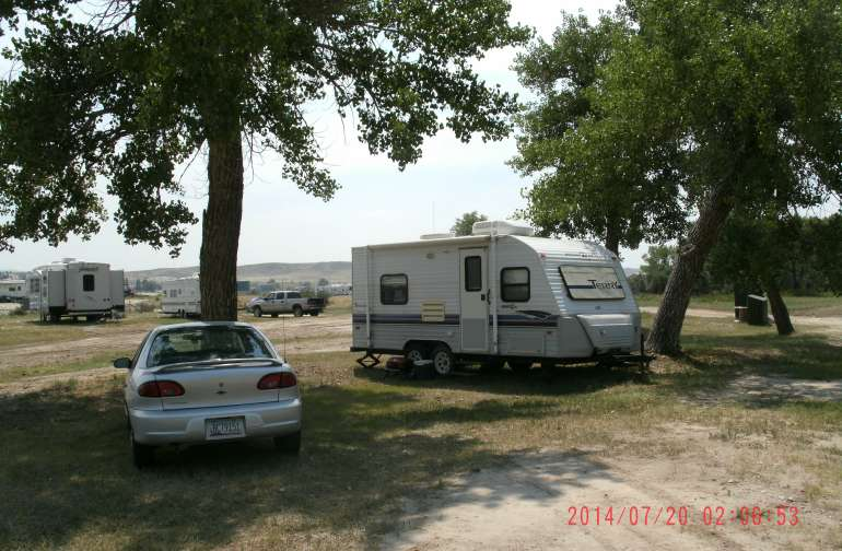 RV or Tent sites by the North Platte River. Rustic no services sites.