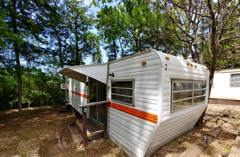 Cool Retro Camper With 2 Tip Outs!