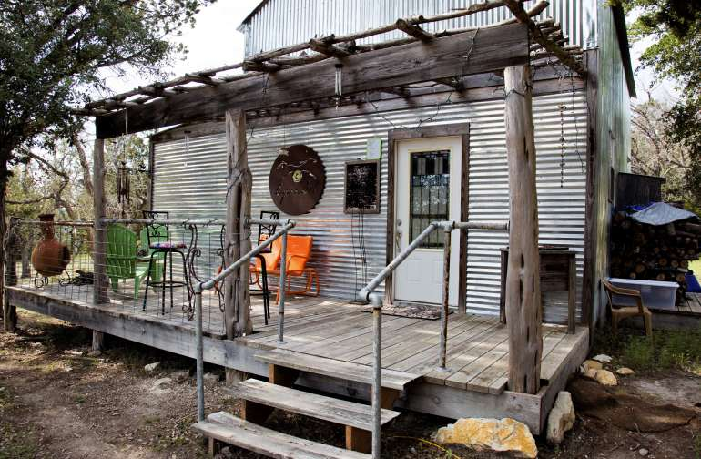 Rustic Raven Cabin at EquiSol