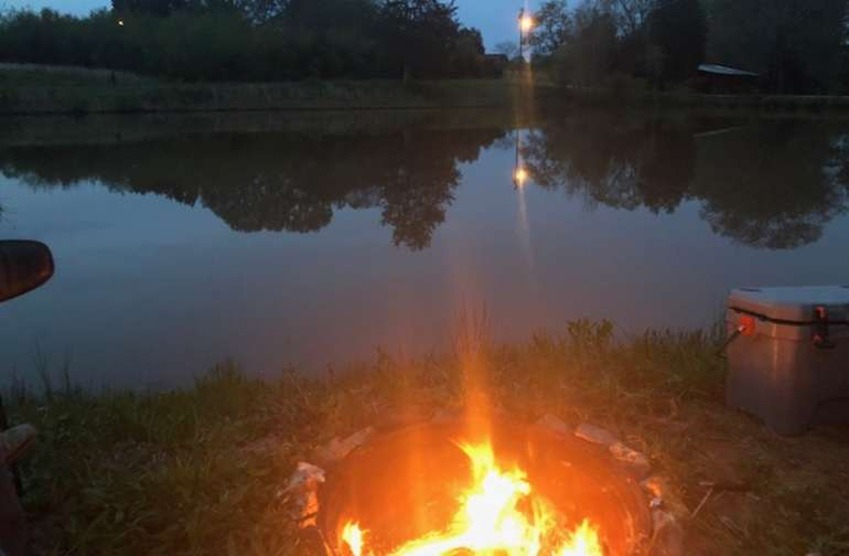 A peaceful and quiet night on the pond.... Priceless!