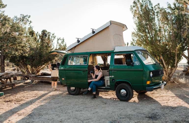 people desert van