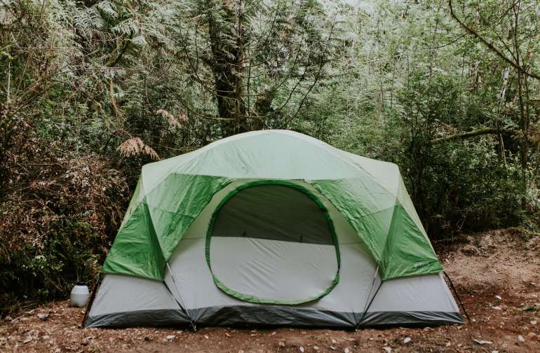 tent forest lodging