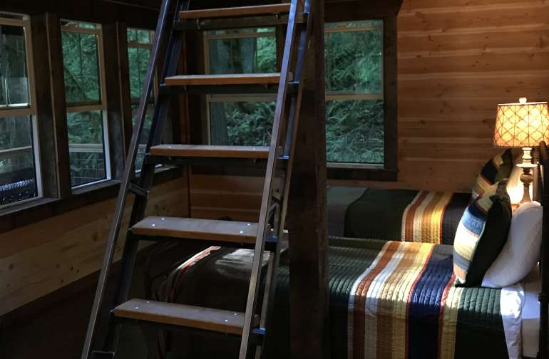 Crystal Creek Cabin