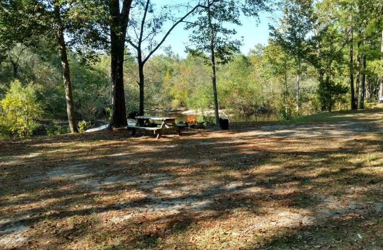 Campsite 3 full hookup