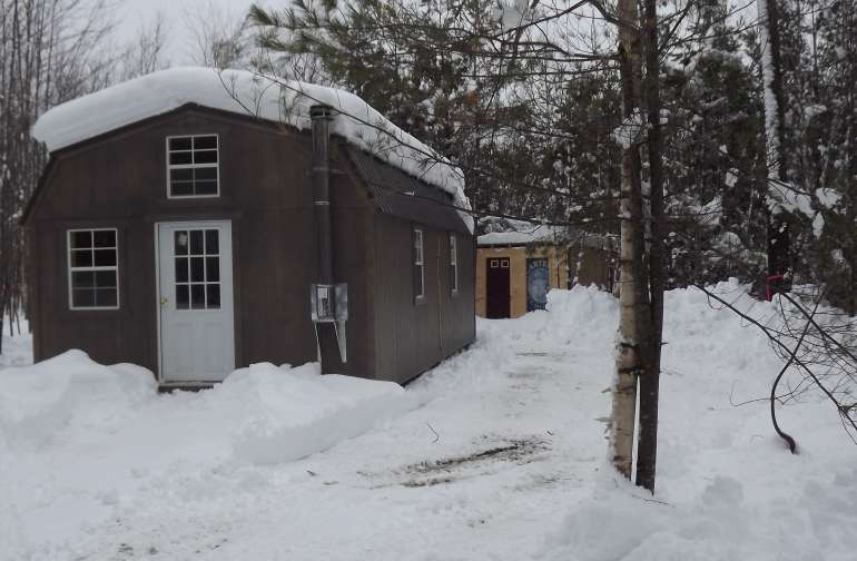 Cabin on ski trails with views