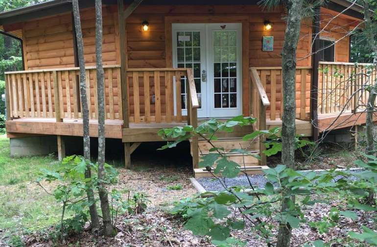 Love Shack- Romantic Yurt