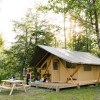 Trappeur Tent Lakeview