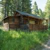 Feathered Pipe Honeymoon Cabin