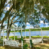 Avalon Lake Manor/lake RV hookups