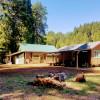 Creekside Bunkhouse