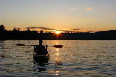 Sunset paddle on Limekiln Lake