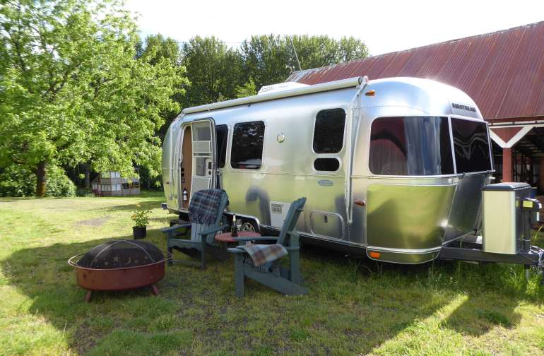 The Airstream Flying Cloud
