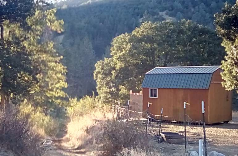 Trinity River Rough it Cabin