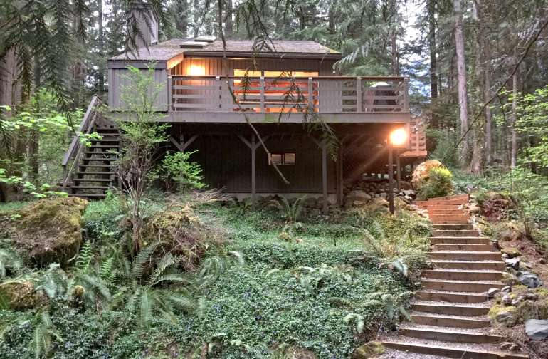 Mt. Baker Lodging – Cabin #26
