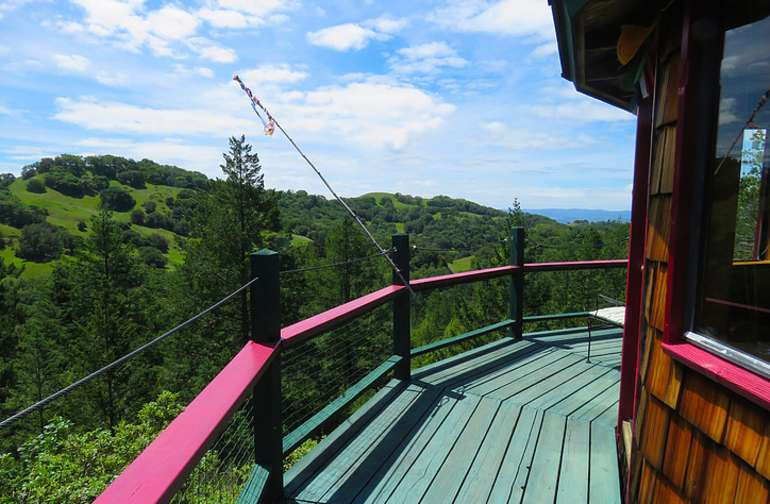 Star house deck - a short hike from the tree house