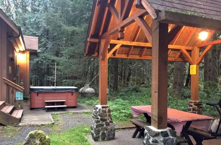 Mt. Baker Lodging – Cabin #67