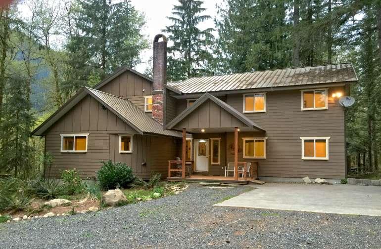 Mt. Baker Lodging – Cabin #3