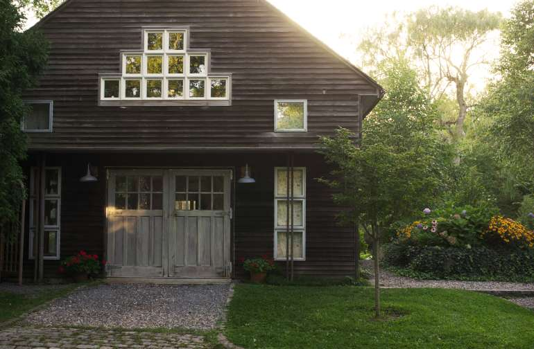 Street view of the Sigren Summerhouse