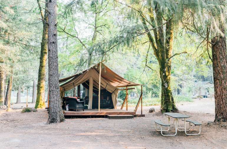 The beautiful glamping tent!