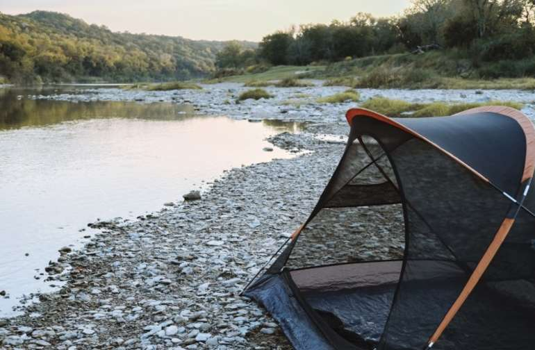tent lodging water