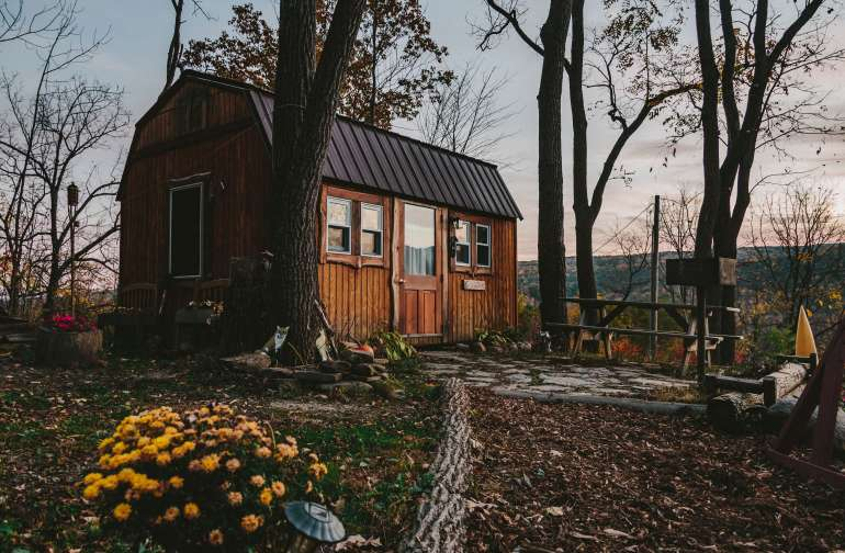cabin lodging fall