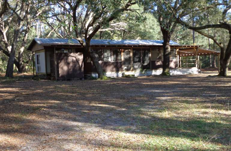 Nestled in the Deep woods of the Ocala National Forest. Great views all around.