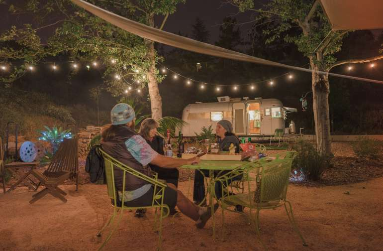Vintage Glamping in Daffy