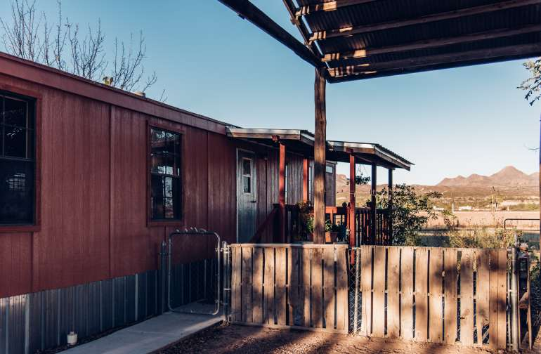 Casita Grande is a spacious 2 bedroom stand alone unit on this small hobby farm. Great for a comfortable stay while being away the business of the city.