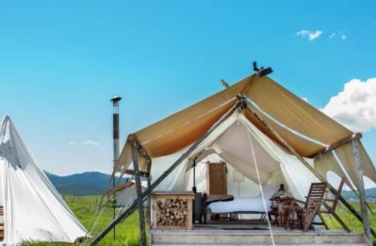 Yellowstone Deluxe and Tipi