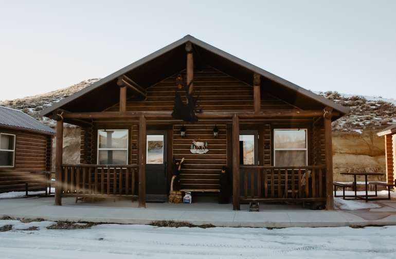 Aleka and her husband built these cabins! The personal touches are incredible.