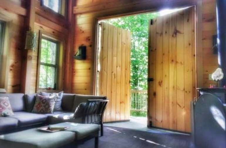 Barn doors bring in the sunshine!!