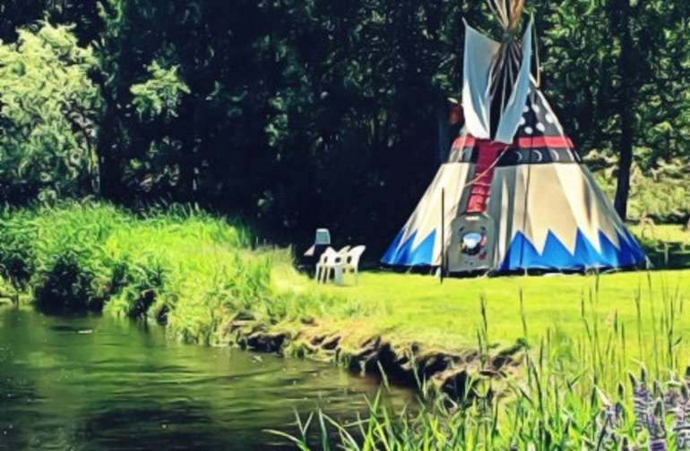 Your Tipi Glamp is located right next to the river.